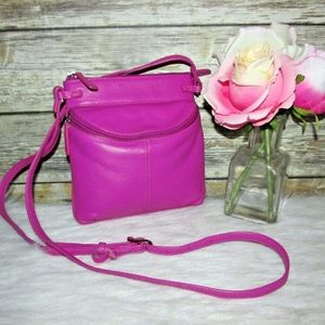 iLi New York Pink Pebbled Leather Crossbody Purse